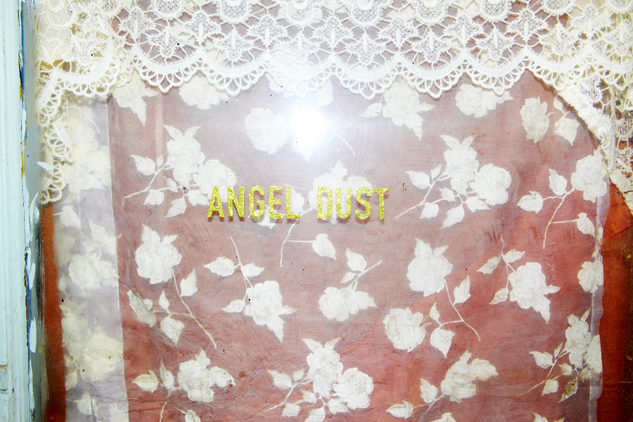 ANGEL DUST_756