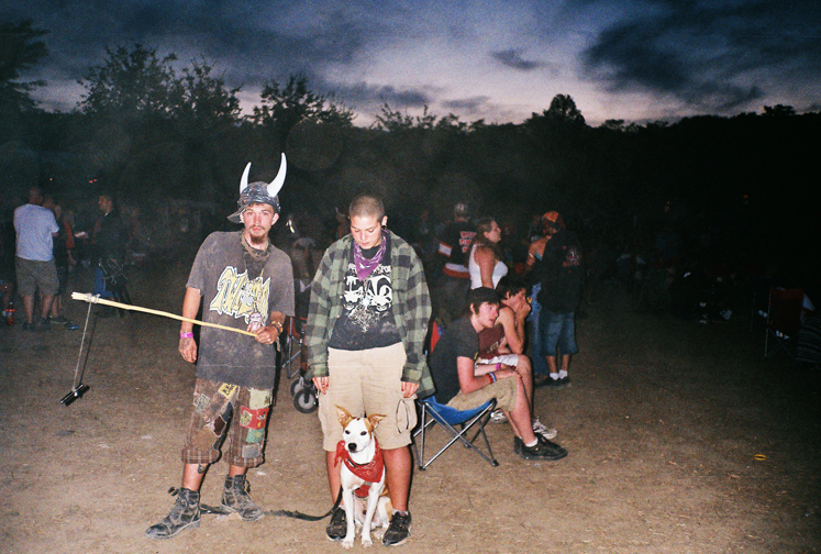 http://colleendurkin.com/files/gimgs/16_colleen-durkin-photography-fashion-lifestyle-fun-film-chicago-gathering-of-the-juggalos-cave-in-rock-il-2012-couple-with-dog.jpg