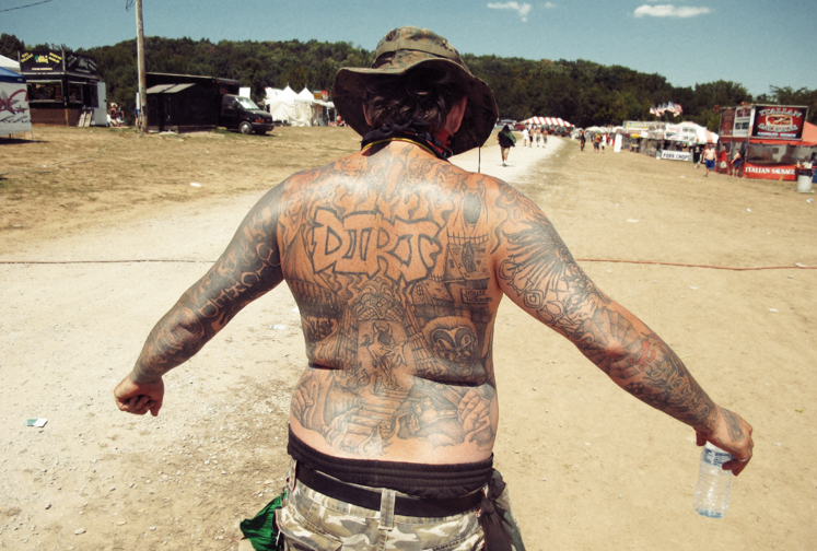 http://colleendurkin.com/files/gimgs/16_colleen-durkin-photography-fashion-lifestyle-fun-film-chicago-gathering-of-the-juggalos-cave-in-rock-il-2012-juggalo-family-whoop-whoop-festival-fest-tattoo-dirt.jpg