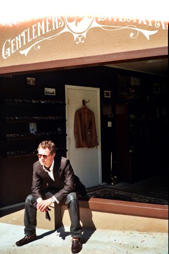 http://colleendurkin.com/files/gimgs/20_nylon-guys-magazine-gentlemans-club-chicago-fashion-lifestyle-fun-photographer.jpg