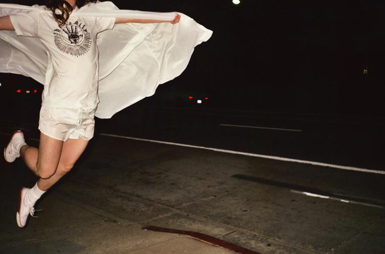 http://colleendurkin.com/files/gimgs/21_colleen-durkin-photography-fashion-lifestyle-fun-film-chicago-dodgeball-family.jpg