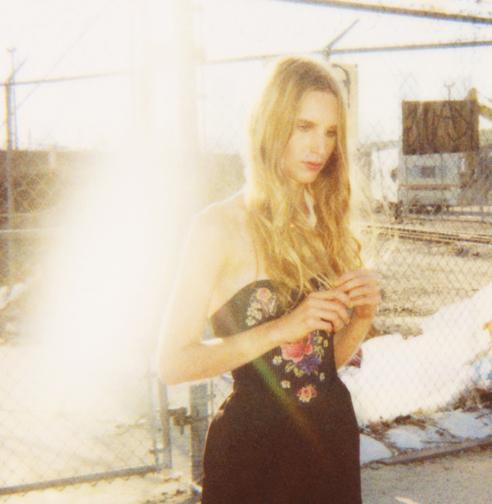 http://colleendurkin.com/files/gimgs/21_colleen-durkin-photography-fashion-lifestyle-fun-film-chicago-lolita-los-angeles-ottocina-model.jpg
