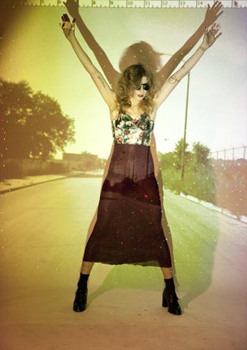 http://colleendurkin.com/files/gimgs/21_projector-colleen-durkin-photography-fashion-lifestyle-fun-film-chicago-.jpg