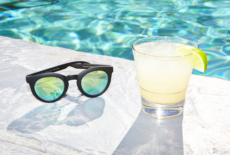 http://colleendurkin.com/files/gimgs/24_colleen-durkin-photography-chicago-saguaro-hotel-palm-springs-glasses-drink-poolside.jpg