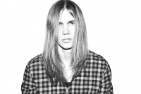 20_colleen-durkin-photography-fashion-lifestyle-fun-film-chicago-peter-prague-long-hair-dont-care.jpg