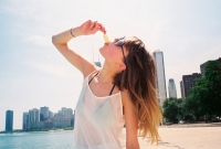 21_202020-colleen-durkin-photography-life-summer-chicago-beach.jpg